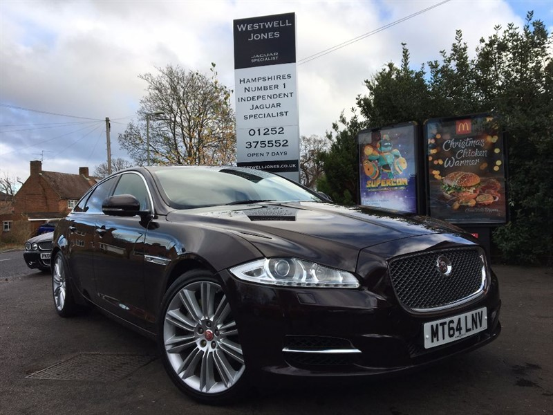 used Jaguar XJ D V6 PORTFOLIO SWB / THE BEST COLOUR COMBINATION in farnborough-hampshire