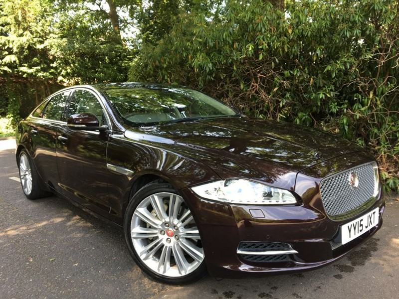 used Jaguar XJ D V6 PORTFOLIO / STUNNING COLOUR COMBINATION in farnborough-hampshire