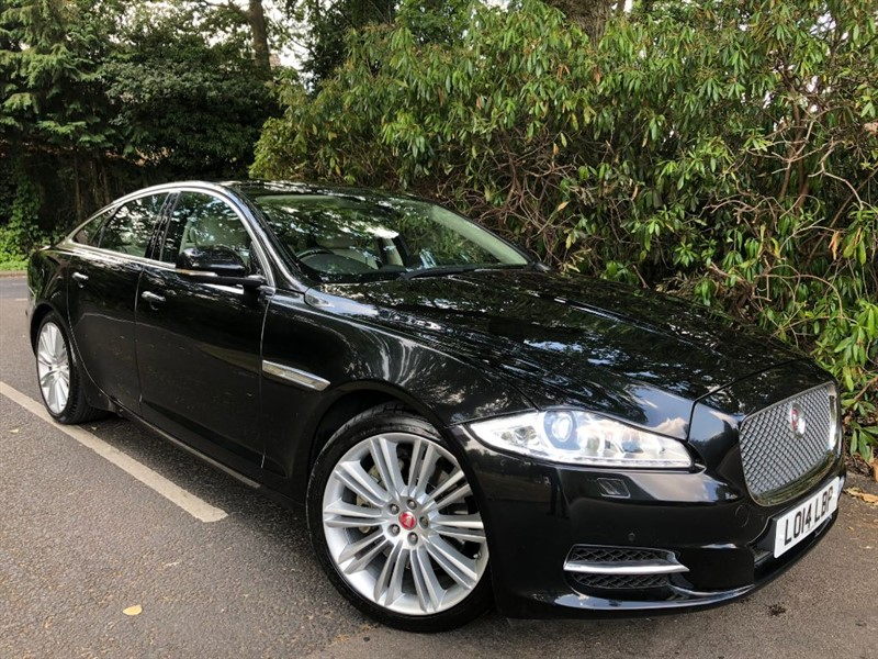 used Jaguar XJ D V6 PORTFOLIO / SOFT CLOSE DOORS in farnborough-hampshire