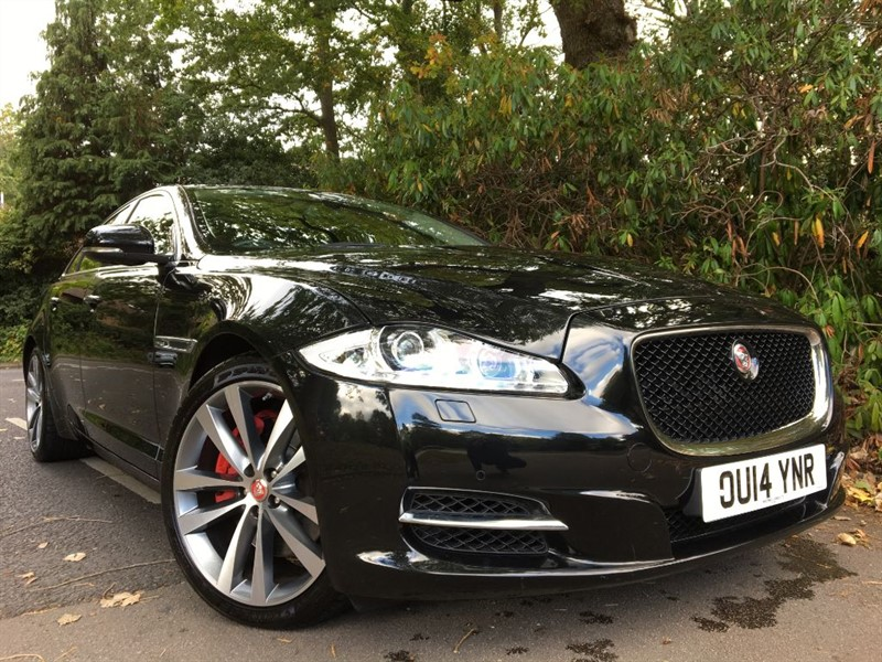 used Jaguar XJ D V6 PORTFOLIO / STUNNING VEHICLE WITH BLIND SPOT MONITOR in farnborough-hampshire