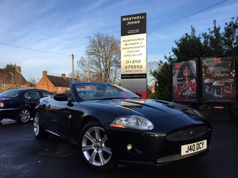 used Jaguar XK 4.2 V8 / STUNNING COLOUR COMBINATION in farnborough-hampshire