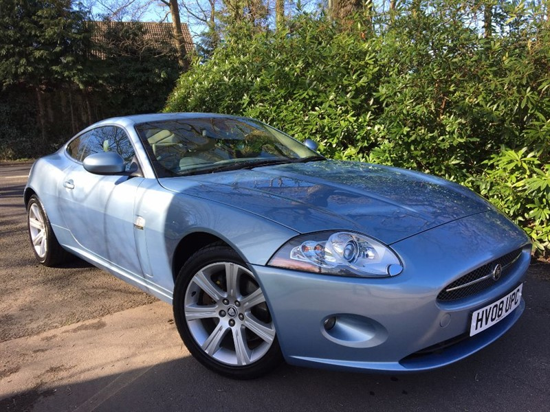 used Jaguar XK COUPE / STUNNING CAR in farnborough-hampshire