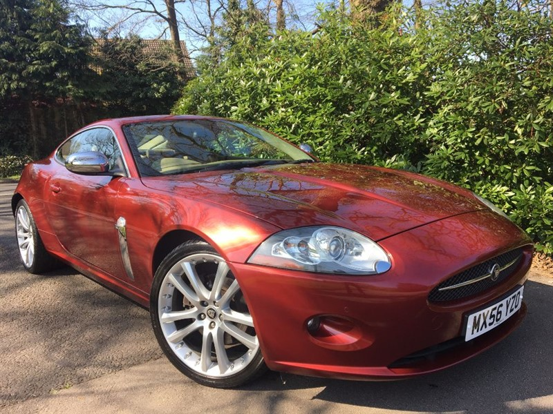 used Jaguar XK COUPE / THE BEST COLOUR COMBINATION in farnborough-hampshire