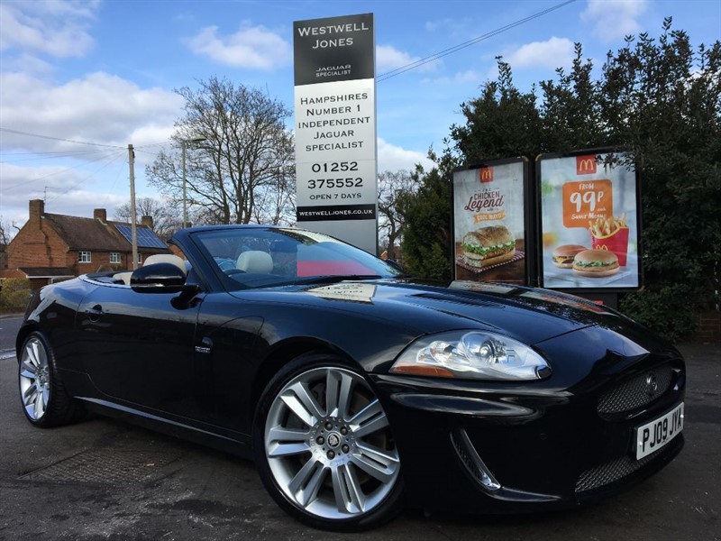 used Jaguar XKR XKR SUPERCHARGED / JUST IN TIME FOR SPRING in farnborough-hampshire