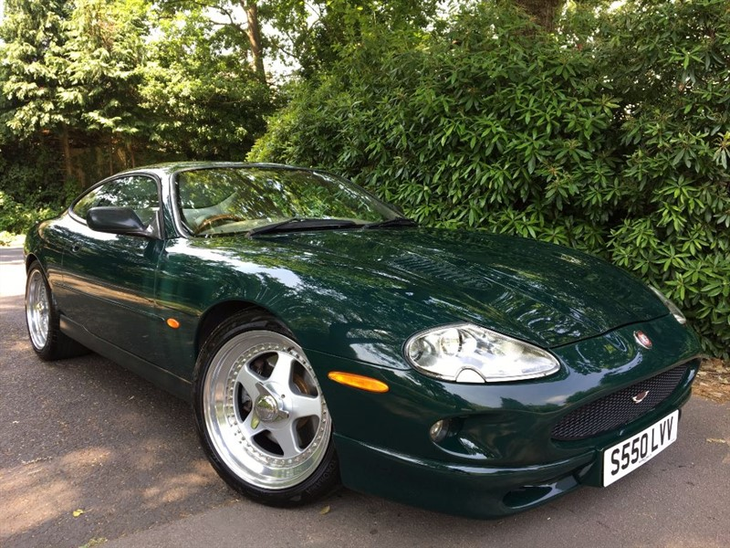 used Jaguar XKR XKR PARAMOUNT PERFORMANCE in farnborough-hampshire