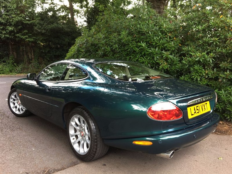 used aspen green metallic with oatmeal hide jaguar xkr for sale hampshire. Black Bedroom Furniture Sets. Home Design Ideas