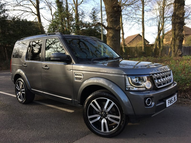 used Land Rover Discovery SDV6 HSE LUXURY+TOP OF THE RANGE MODEL in farnborough-hampshire