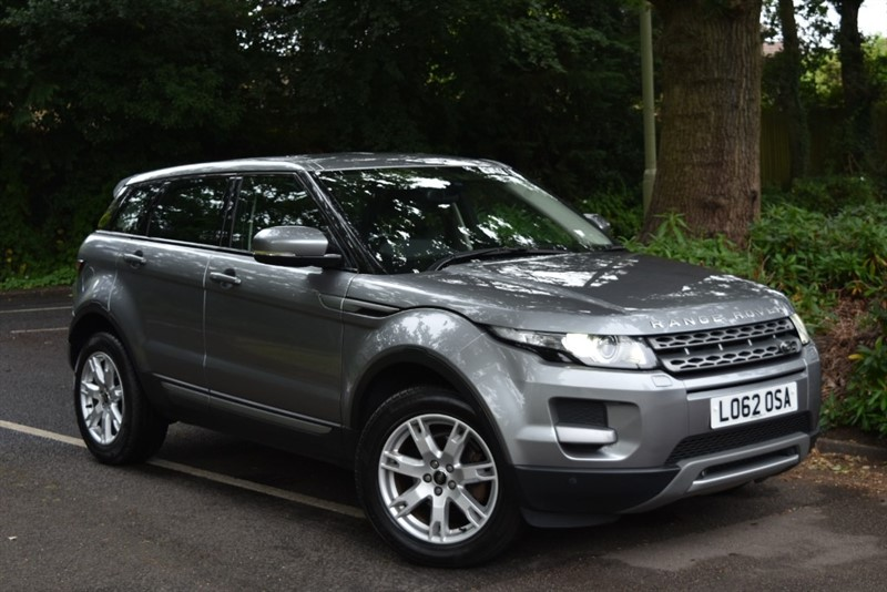 used Land Rover Range Rover Evoque SD4 PURE TECH+SAT NAV in farnborough-hampshire