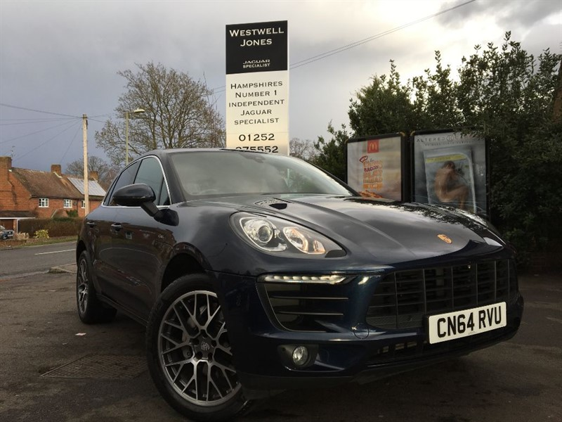 used Porsche Macan D S PDK / HUGE SPECIFICATION in farnborough-hampshire