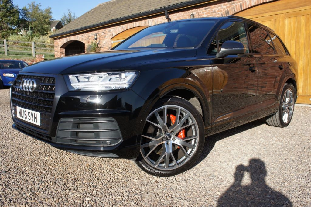Used Black Audi Q7 for Sale | West Yorkshire