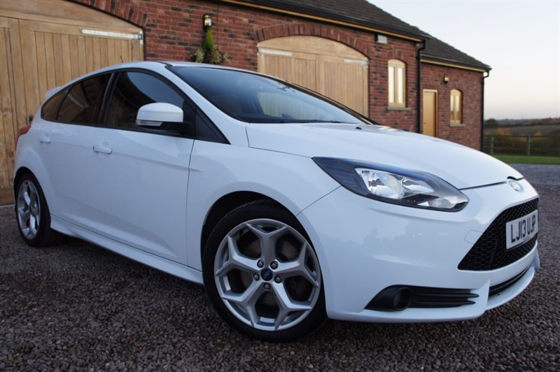 used Ford Focus ST-2 in in-west-yorkshire