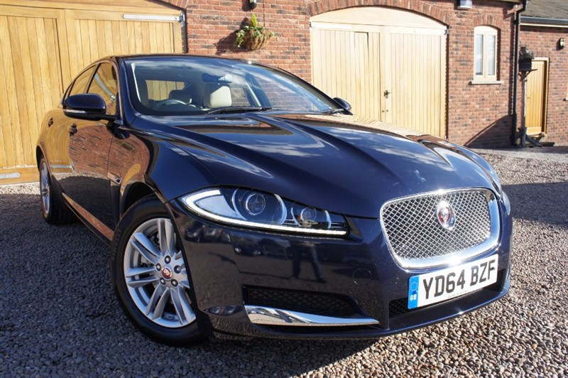 used Jaguar XF D LUXURY AUTO, JAGUAR SERVICE PLAN INCLUDED, 1 OWNER FROM NEW in in-west-yorkshire