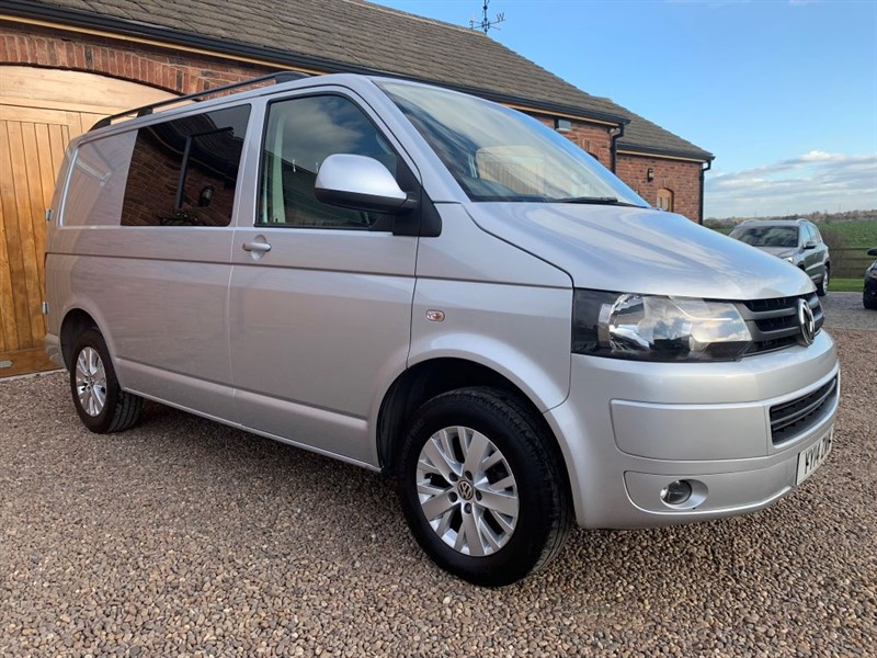 used VW Transporter T28 TDI HIGHLINE KOMBI 6 SEATER in in-west-yorkshire