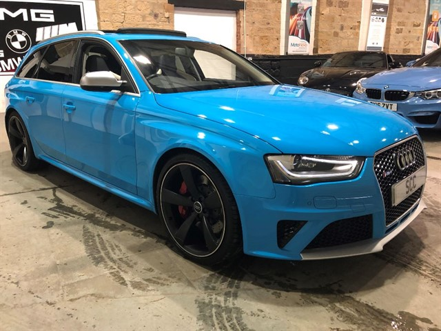 used Audi RS4 Avant RS4 AVANT FSI QUATTRO LIMITED EDITION in yeadon-leeds-for-sale