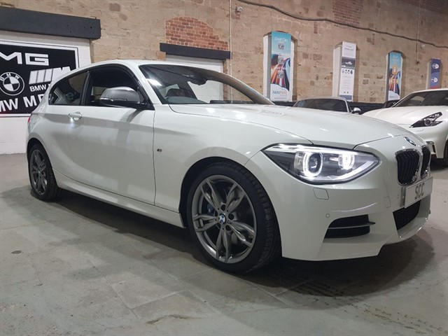 used BMW M135i M135I AUTO in yeadon-leeds-for-sale