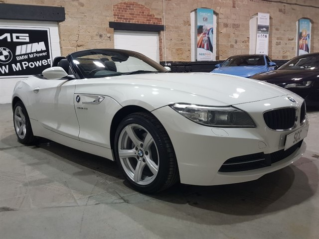 used BMW Z4 SDRIVE20I ROADSTER in yeadon-leeds-for-sale