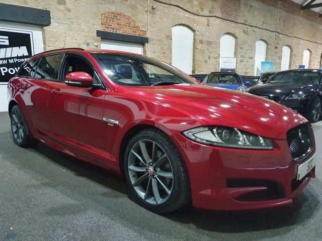 used Jaguar XF D V6 R-SPORT SPORTBRAKE in yeadon-leeds-for-sale
