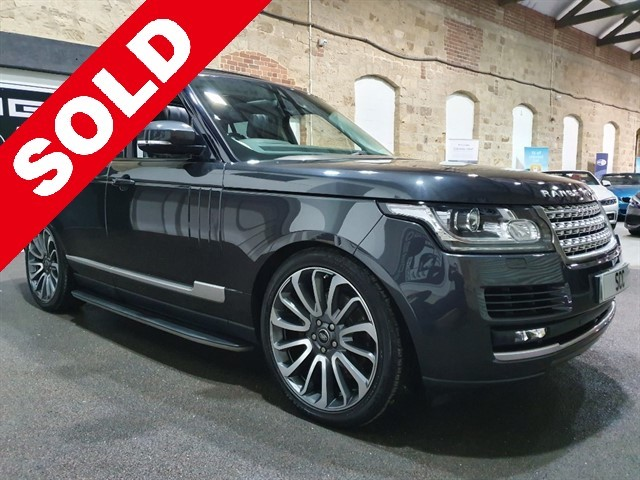 used Land Rover Range Rover TDV6 VOGUE in yeadon-leeds-for-sale