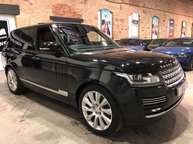 used Land Rover Range Rover SDV8 AUTOBIOGRAPHY in yeadon-leeds-for-sale