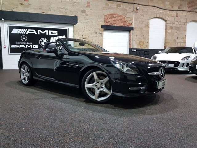 used Mercedes SLK SLK350 BLUEEFFICIENCY AMG SPORT in yeadon-leeds-for-sale