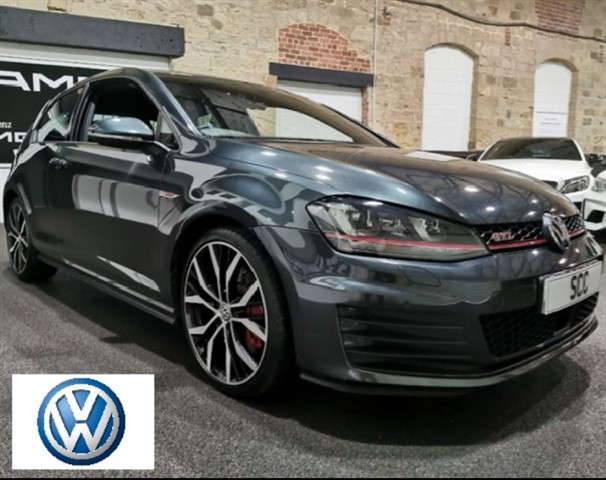 used VW Golf GTI PERFORMANCE DSG in yeadon-leeds-for-sale
