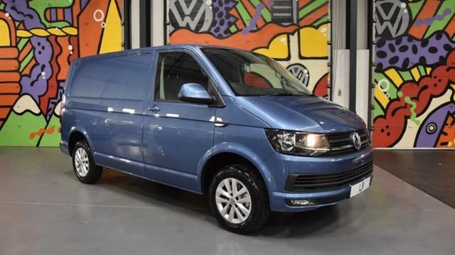 used VW Transporter EURO 6 T30 2.0 TDi 150PS DSG Highline Panel Van  in sheffield