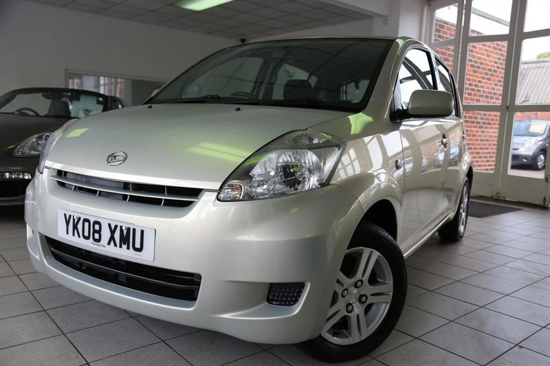 used Daihatsu Sirion SE 5dr in tamworth-staffordshire