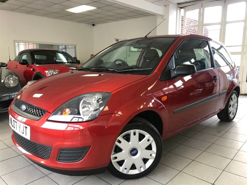 used Ford Fiesta Style Climate 3dr in tamworth-staffordshire