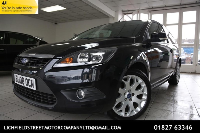 used Ford Focus Zetec 3dr in tamworth-staffordshire