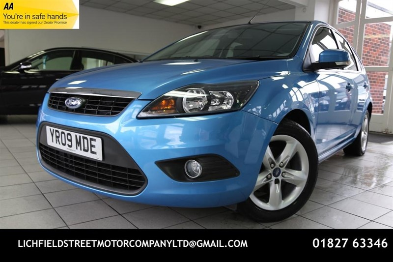 used Ford Focus Zetec 5dr in tamworth-staffordshire