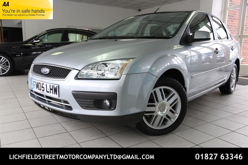used Ford Focus Ghia 4dr in tamworth-staffordshire