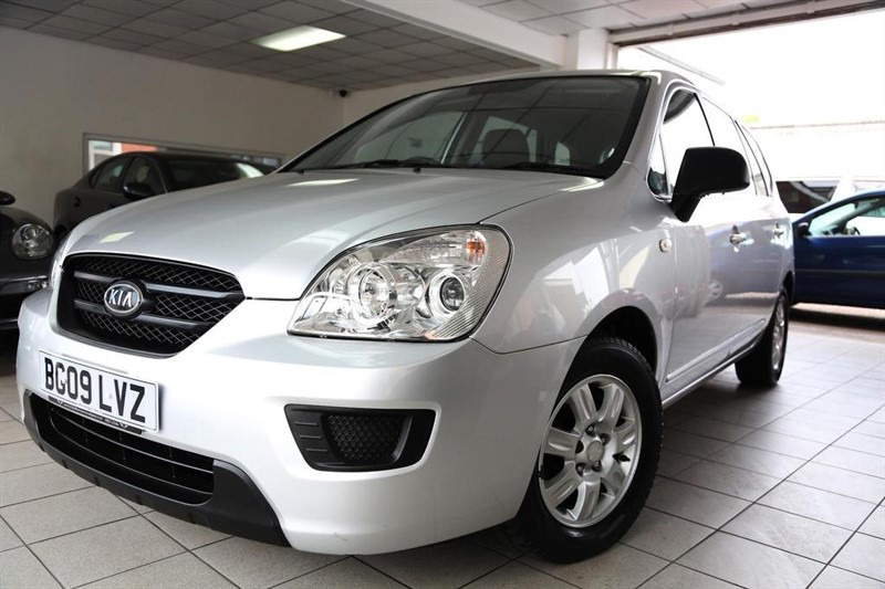 used Kia Carens S 5dr in tamworth-staffordshire