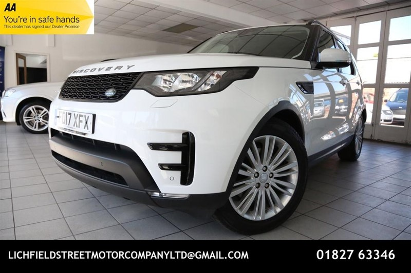 used Land Rover Discovery SD4 S SUV 5dr Auto 4X4 (171 g/km, 237 bhp) in tamworth-staffordshire