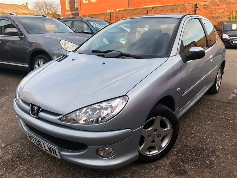 used Peugeot 206 Verve 3dr in tamworth-staffordshire