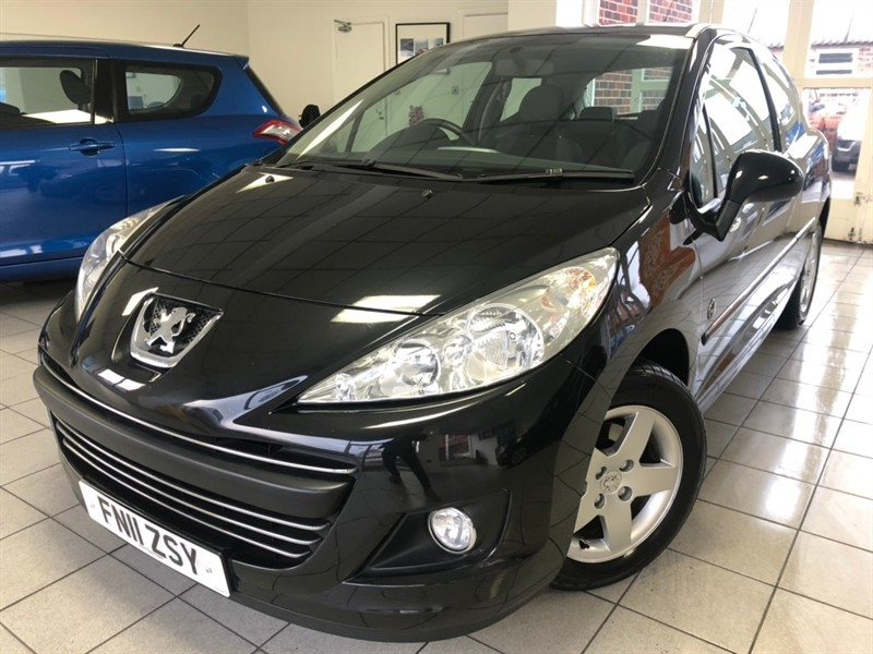 used Peugeot 207 VTi Envy Hatchback 3dr Manual (135 g/km, 95 bhp) in tamworth-staffordshire