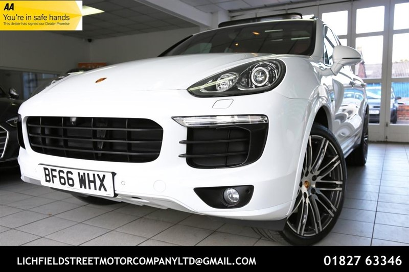used Porsche Cayenne E-Hybrid S Platinum Edition Tiptronic 4WD (s/s) 5dr in tamworth-staffordshire