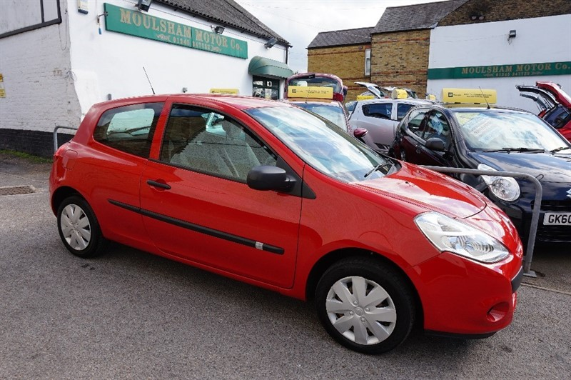 used Renault Clio EXTREME in chelmsford essex