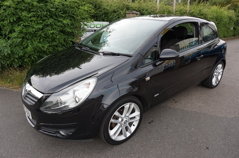 used Vauxhall Corsa SXI A/C 16V in chelmsford essex