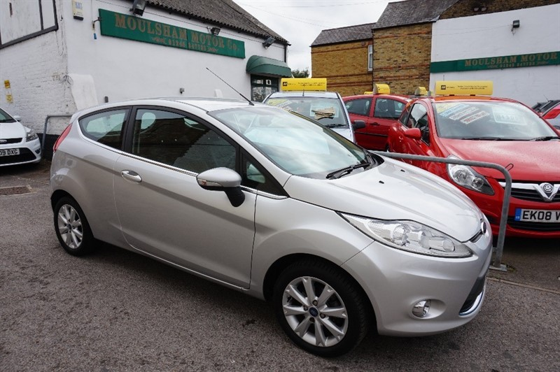 used Ford Fiesta ZETEC in chelmsford essex