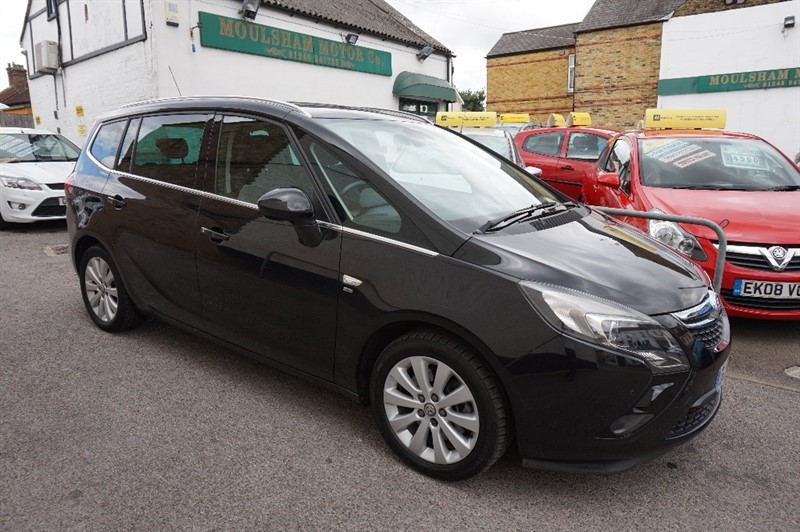 used Vauxhall Zafira Tourer SE CDTI in chelmsford essex