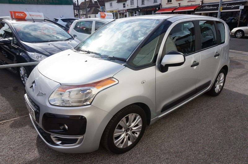used Citroen C3 Picasso VTi 8v VTR+ 5dr in chelmsford-essex