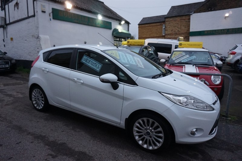 used Ford Fiesta TITANIUM in chelmsford-essex