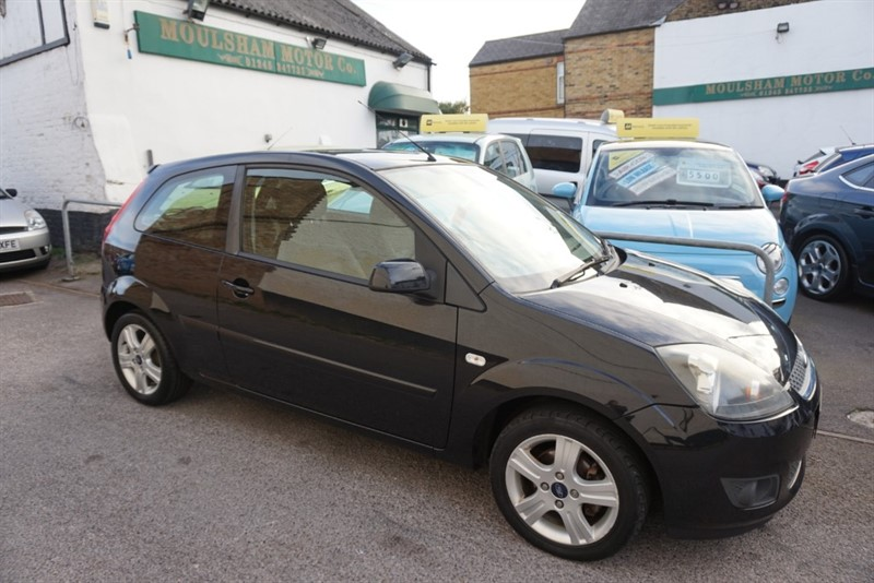 used Ford Fiesta ZETEC CLIMATE 16V in chelmsford-essex