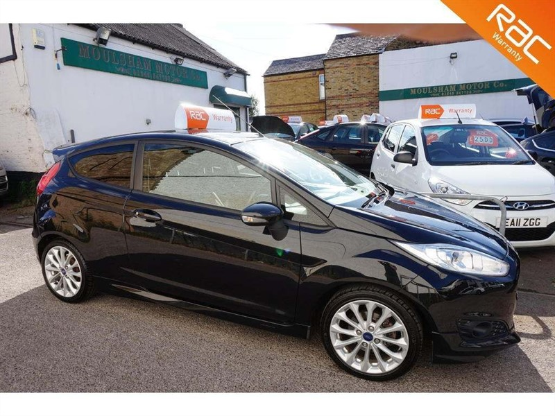 used Ford Fiesta EcoBoost Zetec S (s/s) 3dr in chelmsford-essex