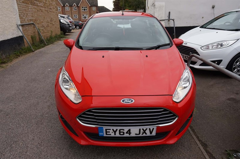 used Ford Fiesta EcoBoost Zetec (s/s) 5dr in chelmsford-essex