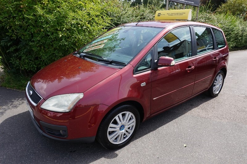 used Ford Focus C-Max GHIA in chelmsford-essex