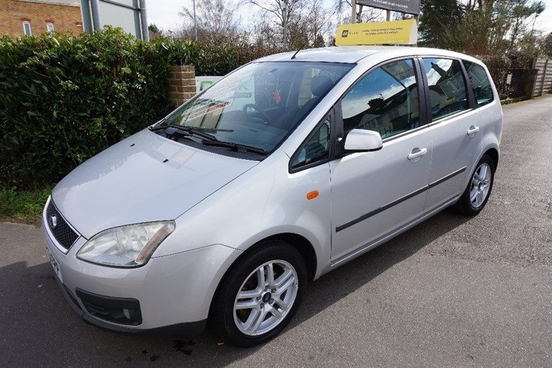 used Ford Focus C-Max 16v Zetec 5dr in chelmsford essex