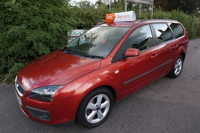 used Ford Focus Zetec Climate 5dr in chelmsford-essex