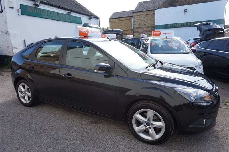 used Ford Focus Zetec 5dr in chelmsford-essex