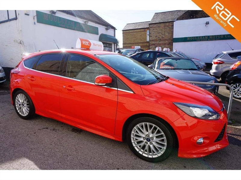 used Ford Focus SCTi EcoBoost Zetec S 5dr in chelmsford-essex